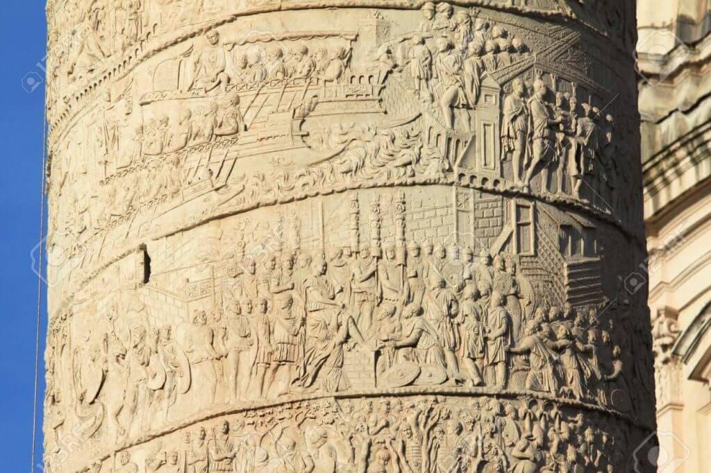 トラヤヌスの記念柱