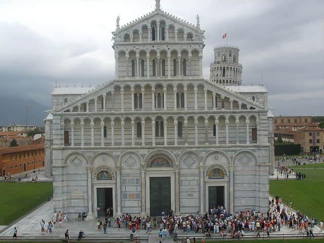 ピサ大聖堂ファサード